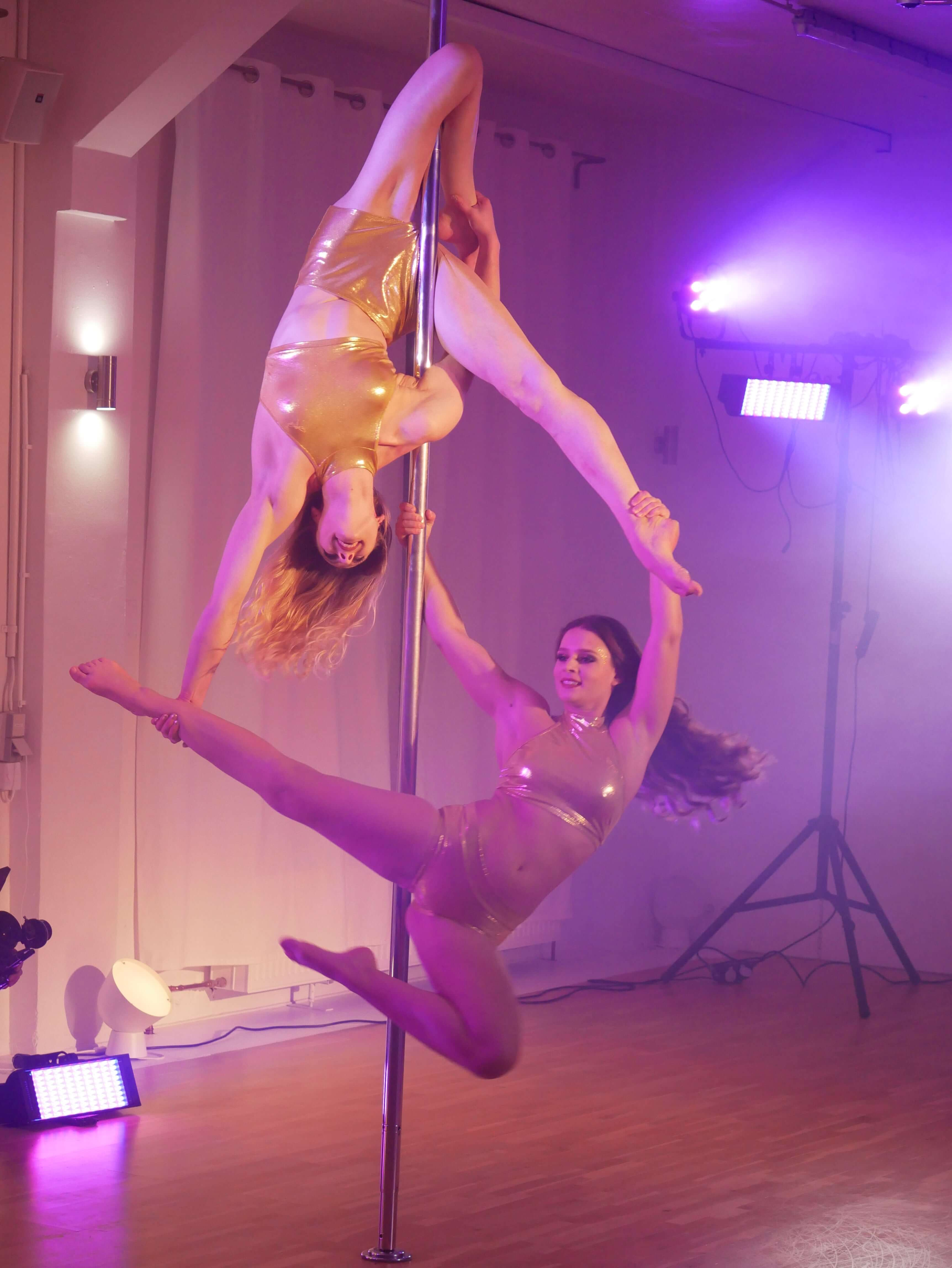 Double Gold Pole Dance & Magic Variete Show